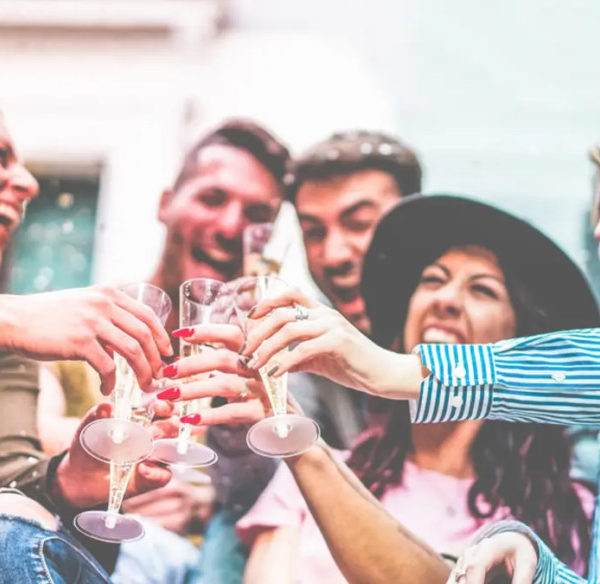 Party at Your Place – 8 Tips For a Perfect Cocktail Night